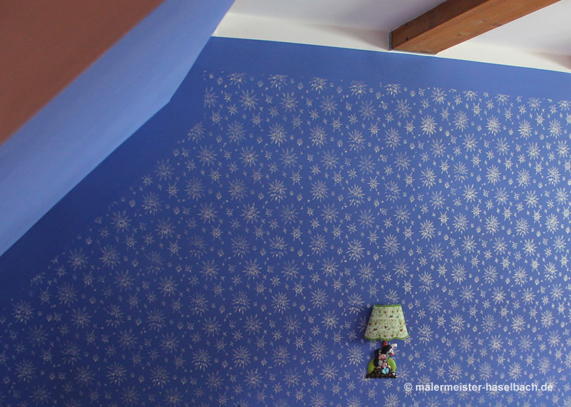 blue wall with star pattern